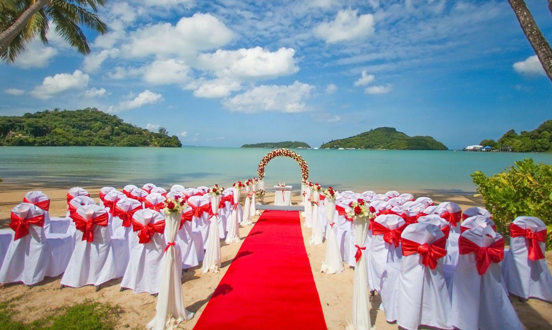 Wedding venue at Crowne Plaza® Phuket Panwa Beach